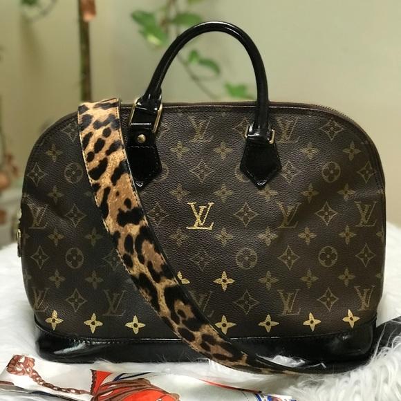 Louis Vuitton Handbags - Authentic LV ALMA PM